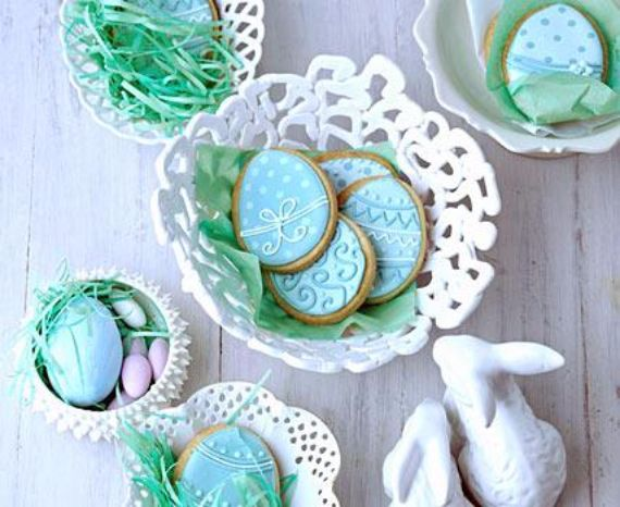 Creative Easter Table Setting Ideas In Blue And White (4)
