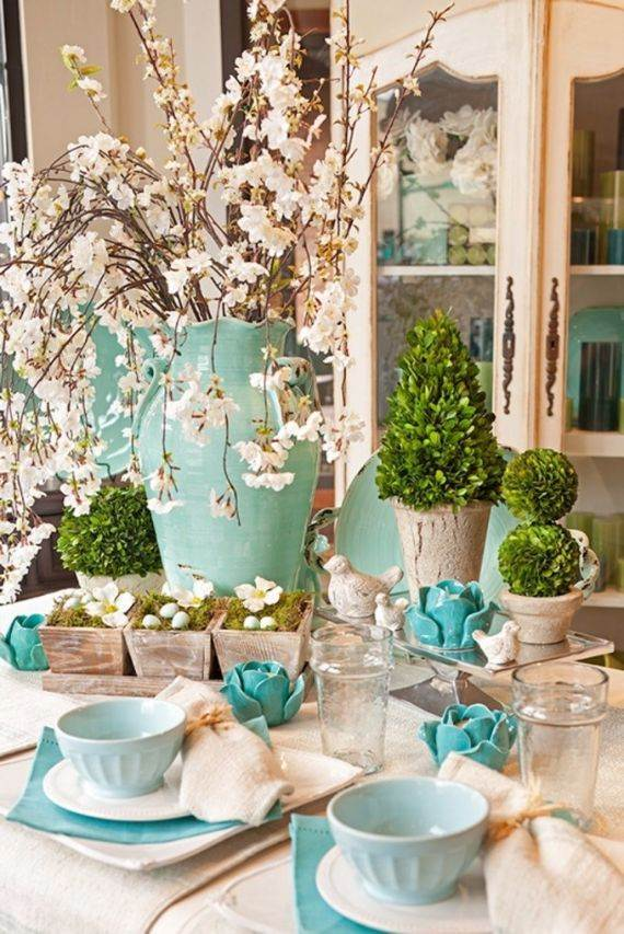 creative-easter-table-setting-ideas-in-blue-and-white-41