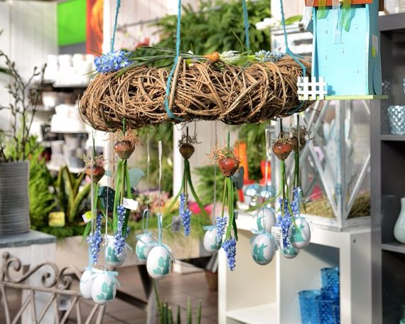 Creative Romantic Ideas for Easter Decoration For A Cozy Home (2)