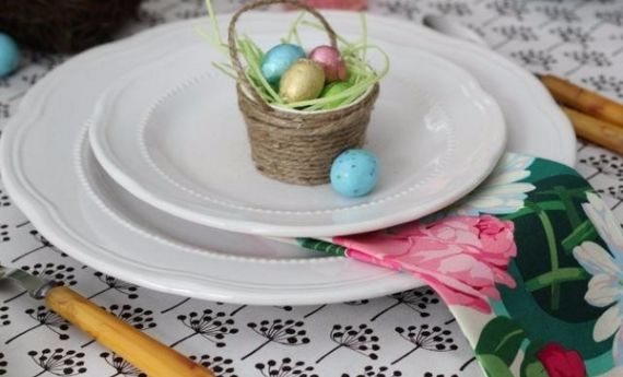 Creative Romantic Ideas for Easter Decoration For A Cozy Home (27)