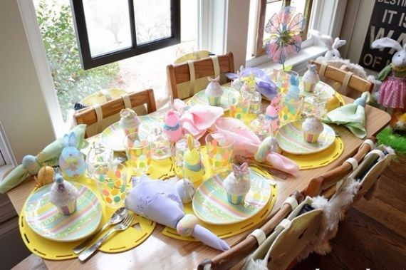 Creative Romantic Ideas for Easter Decoration For A Cozy Home (33)