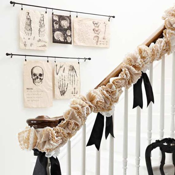 Elegant Gothic, Ghastly & Gory Halloween Decorations (10)