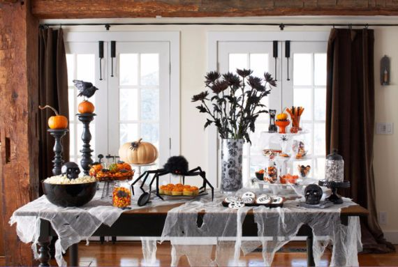 Elegant Gothic, Ghastly & Gory Halloween Decorations (14)