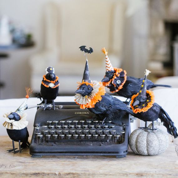 Elegant Gothic, Ghastly & Gory Halloween Decorations (17)