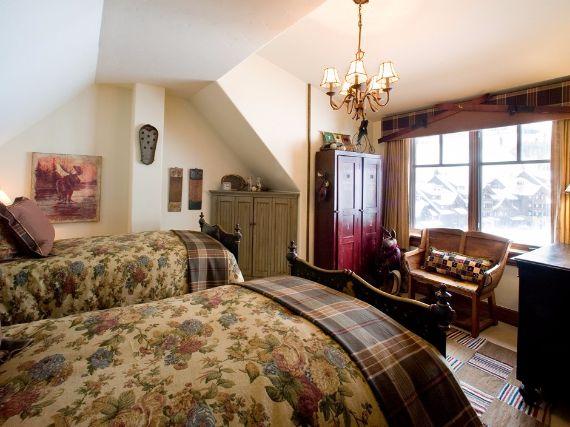Holiday Retreat in West Wing Ritz-Carlton At Beaver Creek Mountain  Ski in Colorado  (5)