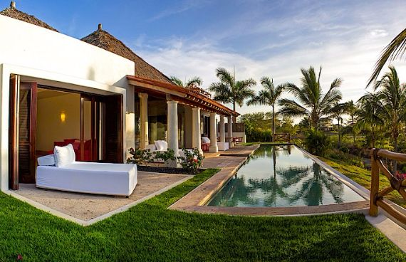 Luxurious Villa Marmol Punta Mita in Mexico (3)