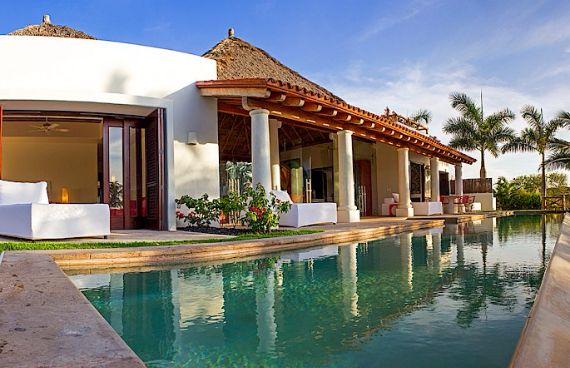 Luxurious Villa Marmol Punta Mita in Mexico (4)