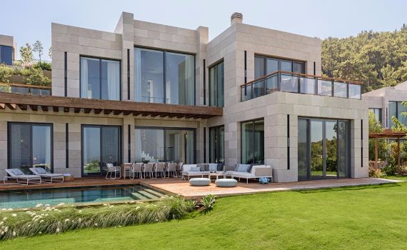 Magnificent Mediterranean Villa Incorporating Dedicated Outdoor Spaces in Turkey (1)