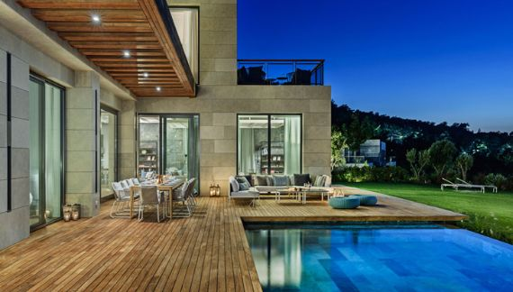 Magnificent Mediterranean Villa Incorporating Dedicated Outdoor Spaces in Turkey (7)