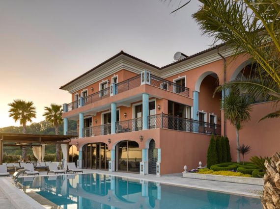 Mediterranean Big And Beautiful Vacation Home Style In Sochi   (1)