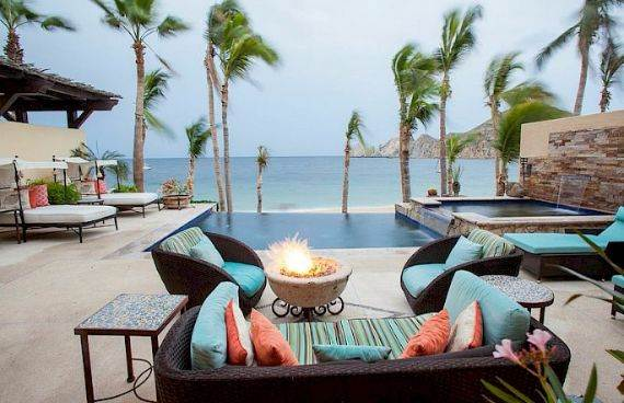 A Mexican flavor and Pacific atmosphere in Cabo San Lucas -Hacienda Beachfront Villa (1)