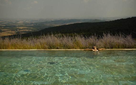 casa-biondi-minimalist-villa-in-italian-landscape-1