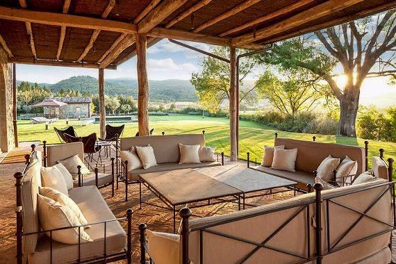 casa-biondi-minimalist-villa-in-italian-landscape-17