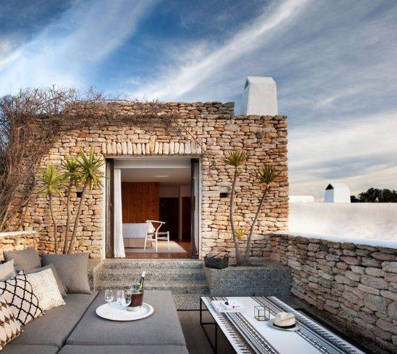 elegant-and-stylish-mediterranean-style-home-in-the-baleares-ibiza-15