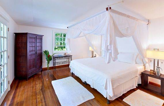 Highly Inviting Fustic House Private Estate in Barbados (29)