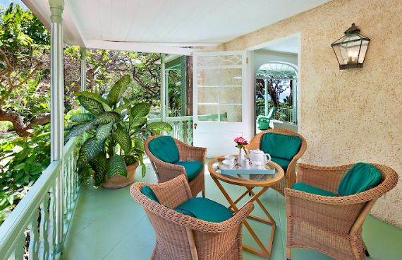 Highly Inviting Fustic House Private Estate in Barbados (39)