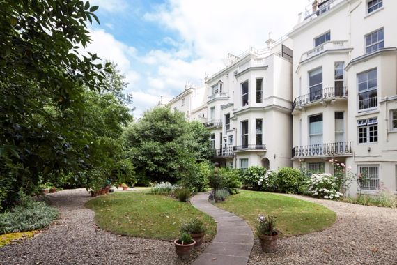 Pure Perfection Apartment In London- Holland Park, W11 (10)