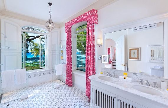 Spacious Jewelry in Barbados Crystal Springs Home  (11)