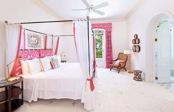 Spacious Jewelry in Barbados Crystal Springs Home  (15)