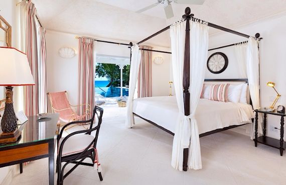 Spacious Jewelry in Barbados Crystal Springs Home  (23)