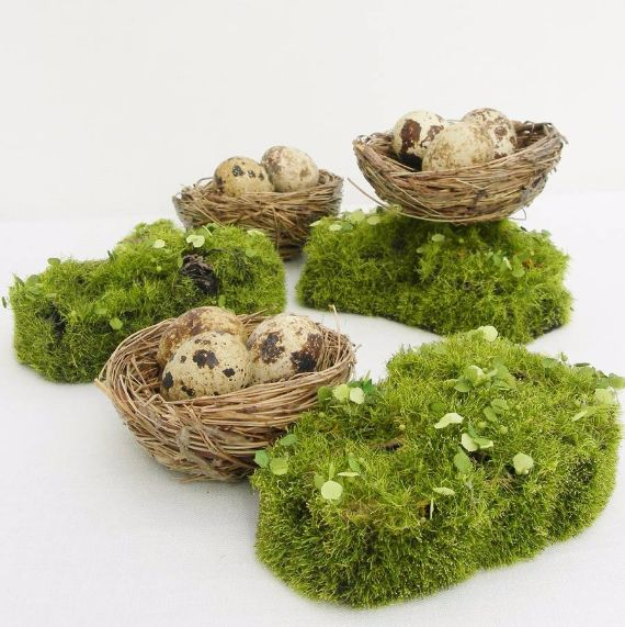 original_artificial-moss-mounds-for-a-wedding-table