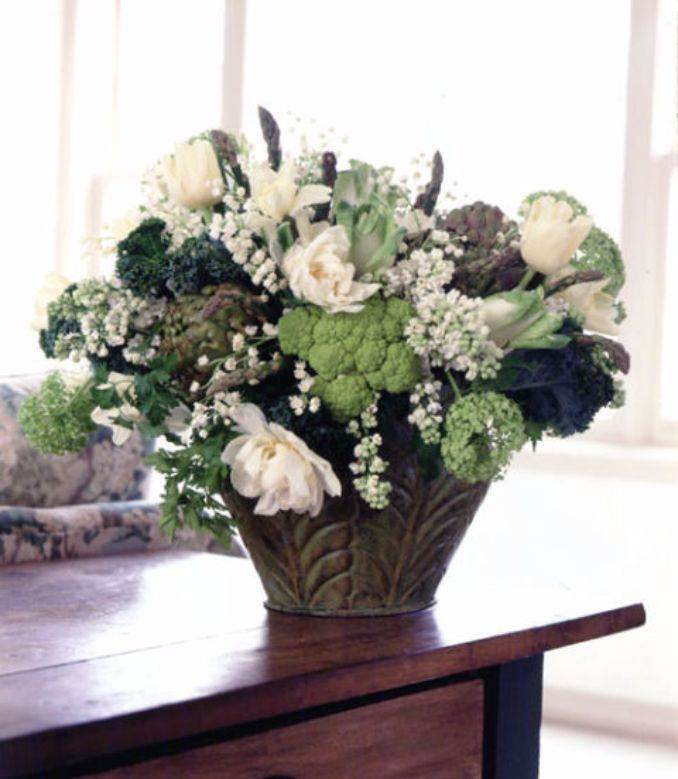 50 Stylish And Inspiring Flower Arrangement Centerpieces and Table Decoration Ideas (8)