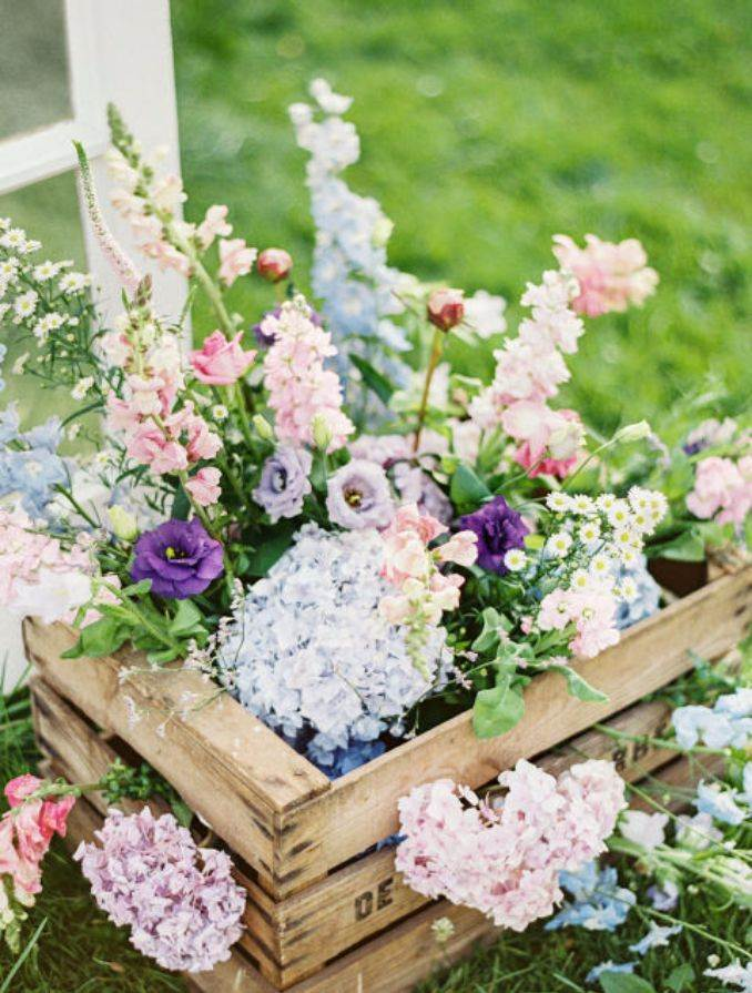 50Stylish And Inspiring Flower Arrangement Centerpieces and Table Decoration Ideas (8)