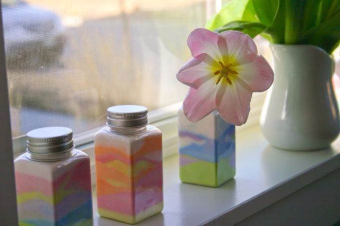 DIY Coloured Sand In A Bottle For Different Occasions (1)