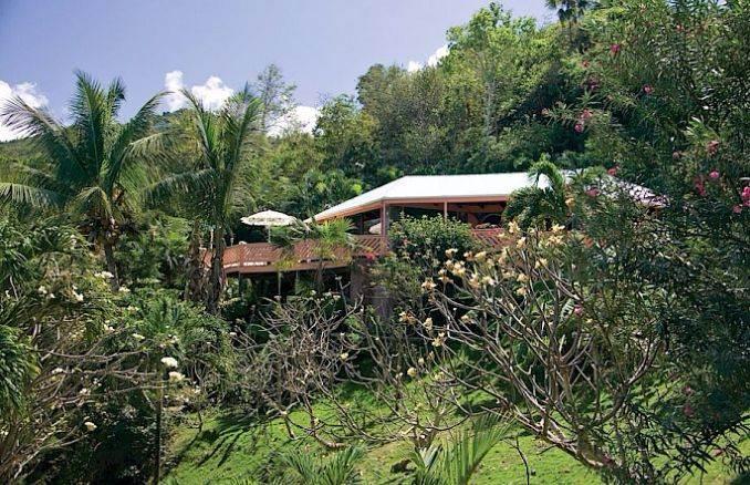 Romantic Stone Cottage (5)