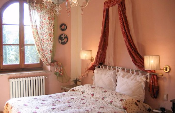 Vittoria -Breathtaking Antique Villa at Italian Countryside (10)