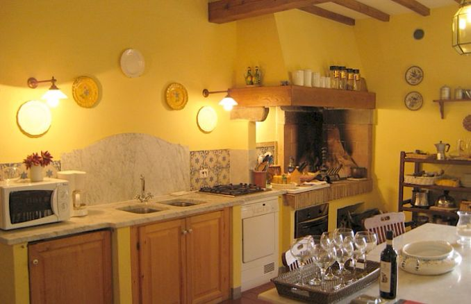 Vittoria -Breathtaking Antique Villa at Italian Countryside (13)
