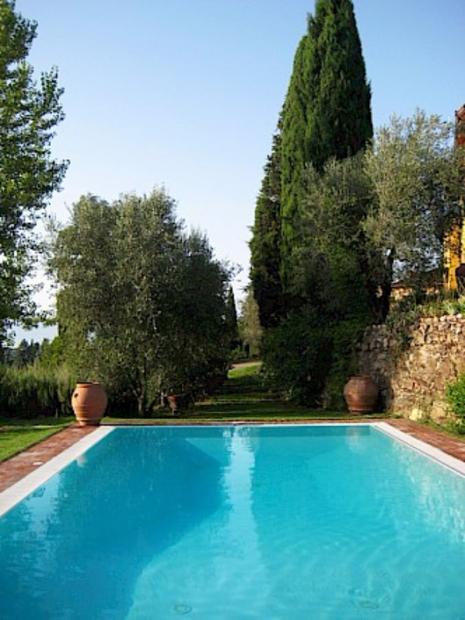 Vittoria -Breathtaking Antique Villa at Italian Countryside (2)