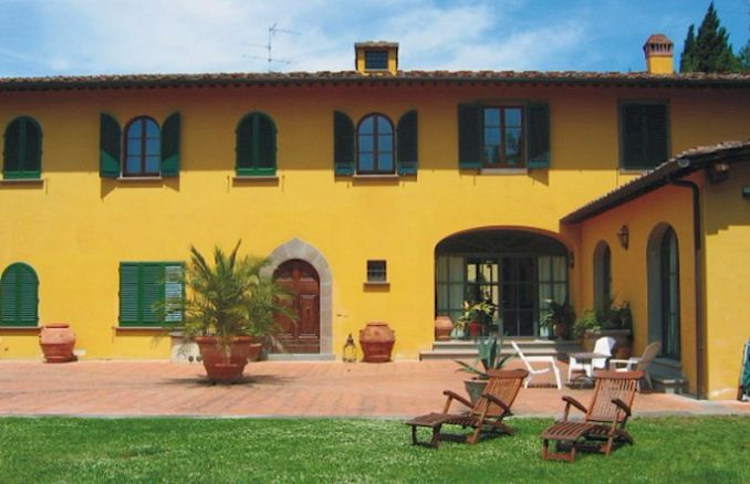 Vittoria -Breathtaking Antique Villa at Italian Countryside (5)