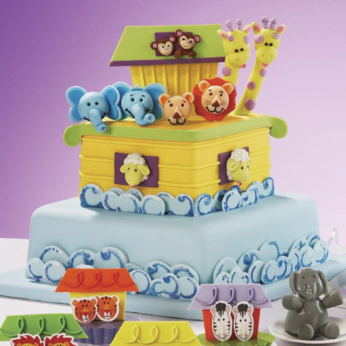 Gorgeous Baby Shower Cakes And Cupcakes Decorating Ideas (10)