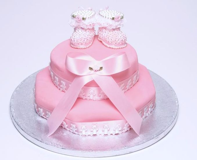 Gorgeous Baby Shower Cakes And Cupcakes Decorating Ideas (13)