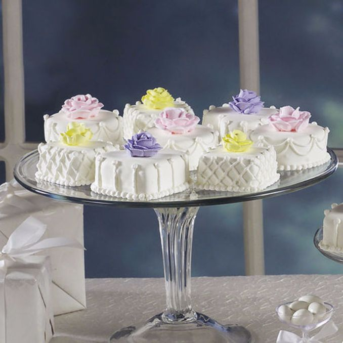 Gorgeous Baby Shower Cakes And Cupcakes Decorating Ideas (2)