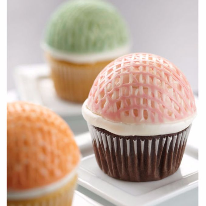Gorgeous Baby Shower Cakes And Cupcakes Decorating Ideas (20)
