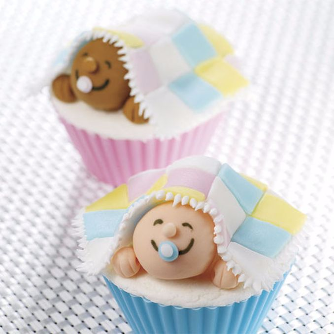 Gorgeous Baby Shower Cakes And Cupcakes Decorating Ideas (21)