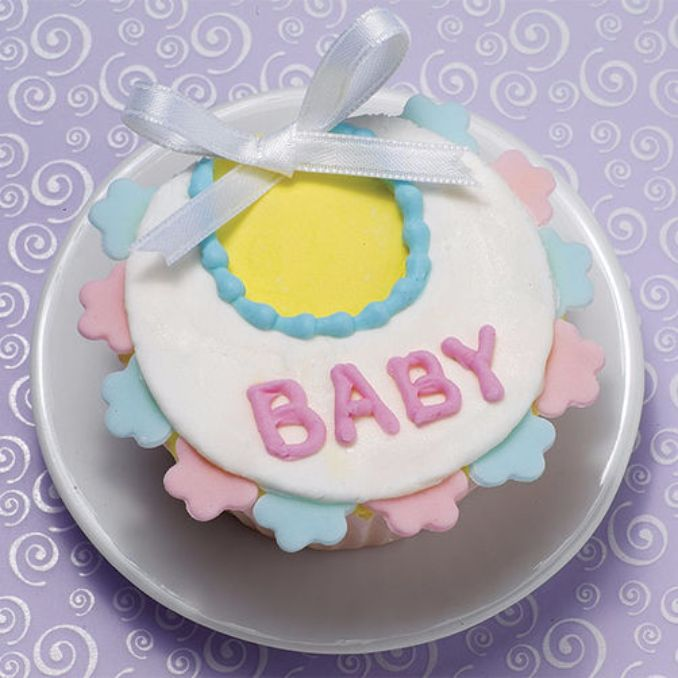 Gorgeous Baby Shower Cakes And Cupcakes Decorating Ideas (9)