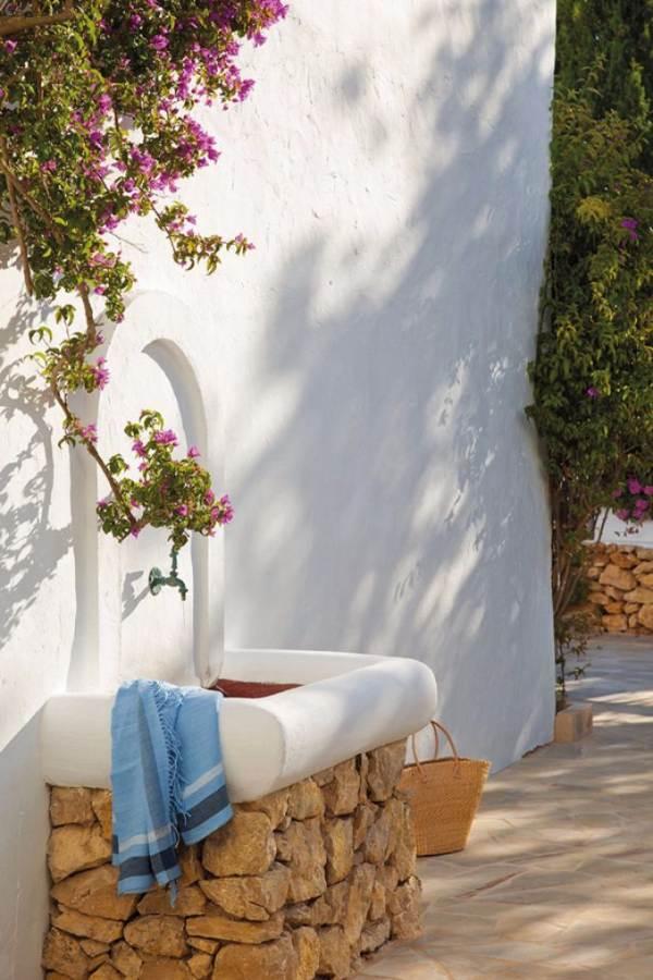 Great beach house in Ibiza (3)