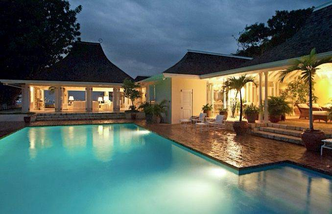 Stylish Caribbean Hideaway Windsong Modern Holiday Villa (2)