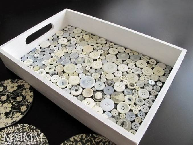 Creative DIY Craft Decorating Ideas Using Colorful Buttons (25)