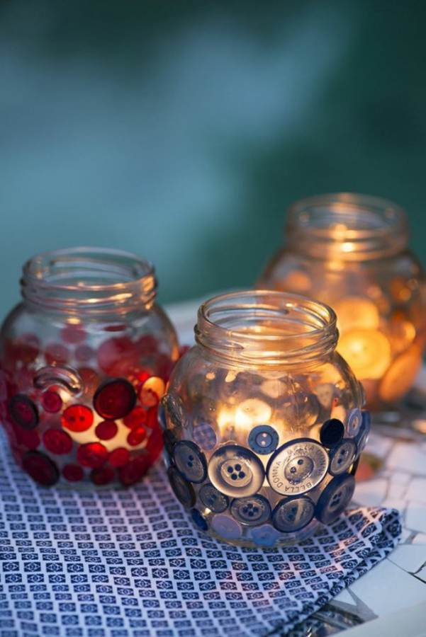Creative DIY Craft Decorating Ideas Using Colorful Buttons (32)