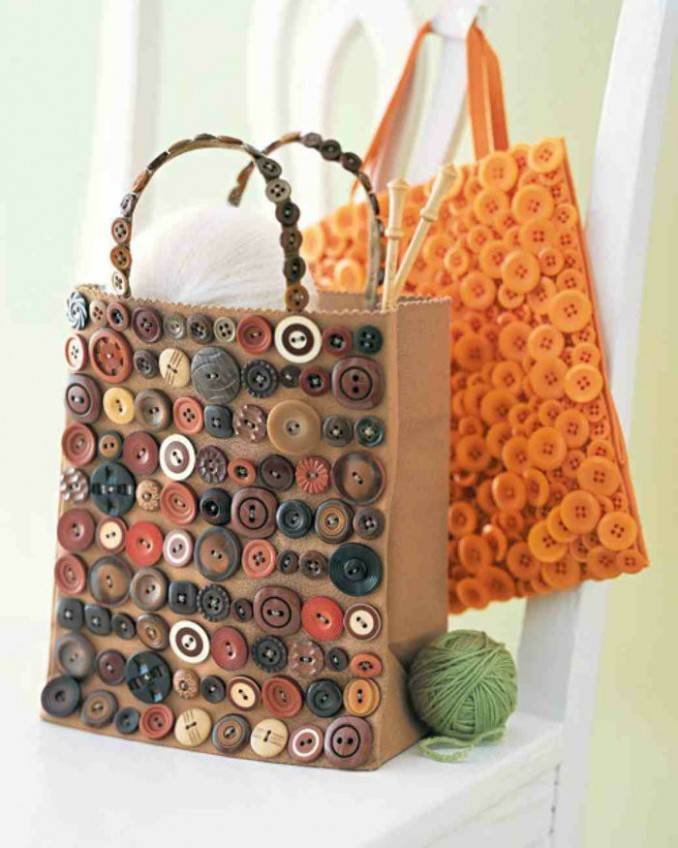 Creative DIY Craft Decorating Ideas Using Colorful Buttons (59)