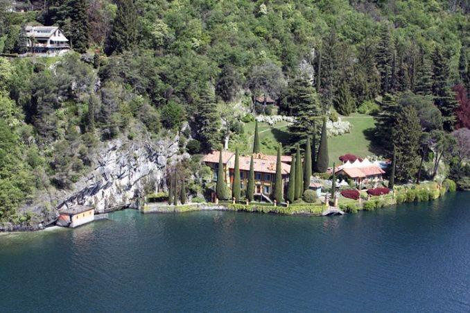 Delightful Villa On Lake Como Italy (26)