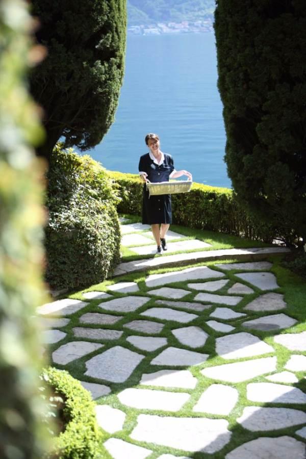 Delightful Villa On Lake Como Italy (37)