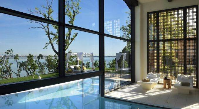 JW Marriott Hotel on a private island in Venice Italy (41)