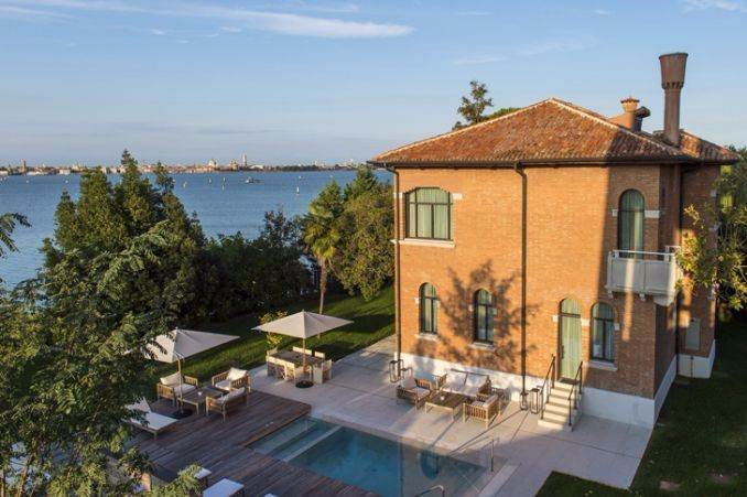 JW Marriott Hotel on a private island in Venice Italy (66)