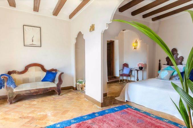 The stunning Spanish mansion Villa Catalina Barcelona (14)
