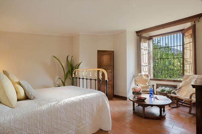The stunning Spanish mansion Villa Catalina Barcelona (18)